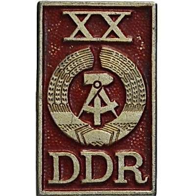 ODZNAK DDR 20x31mm XX. LET VÝROČÍ 1949-1969 ČERVENO-ZLATÝ